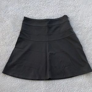 Athleta Graphite Yoga Skirt